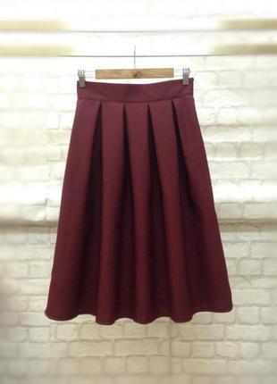 Новая юбка  в складку до колен цвета