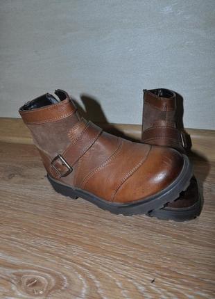Демисезонные кожаные песочные ботинки marks&spencer