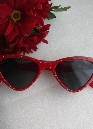New 2019! новые модные солнцезащитные очки лисички, черные в красной оправе