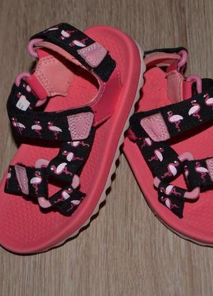 Босоножки сандали девочке clarks 25.5р фламинго сост идеал