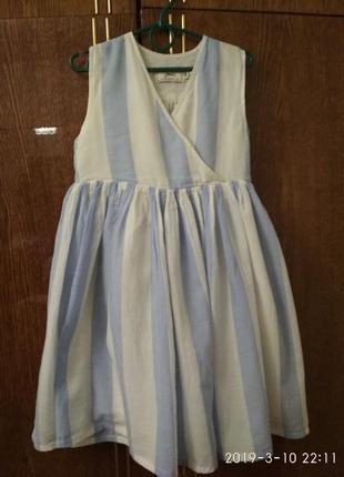 Нежное батистовое платьице для девочки белое в голубую полоску
