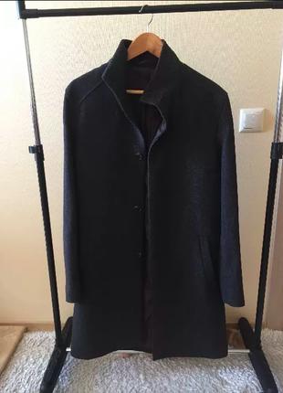 Стильное мужское пальто vdone