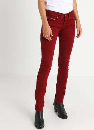 Красные джинсы pepe jeans .оригинал