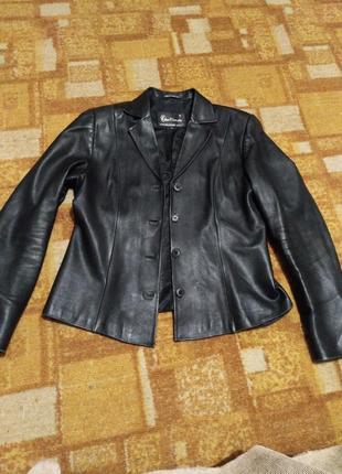 Пиджак из нат кожи