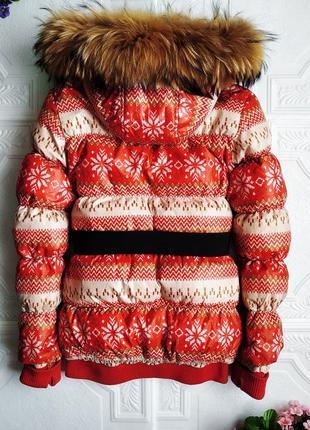 Зимний короткий пуховик, с мехом енота3 фото
