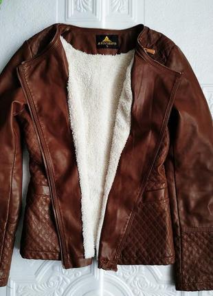 Демисезонная куртка косуха утепленная, из экокожи7 фото