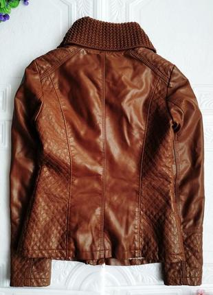 Демисезонная куртка косуха утепленная, из экокожи5 фото
