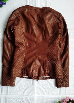 Демисезонная куртка косуха утепленная, из экокожи6 фото