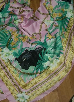 Платок шелковый розовый  с принтом черная пантера от h&m