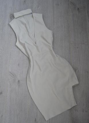 Бандажное серое платье с чокером и асимметричным низом missguided