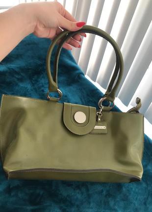 Очень красивая сумка прямоугольник оливкового хаки цвета из кожи сша emilie m.