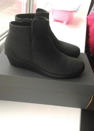 Классные ботиночки ecco (оригинал)