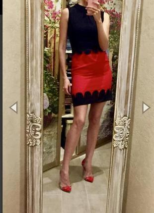 Красивое, яркое коктейльное платье. размер xs-s.