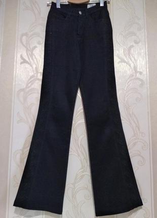 Черные джинсы с вышивкой на высокий рост5 фото
