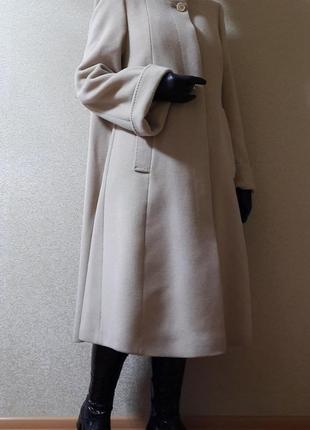 Шерстяное пальто трапеция расклешенное м/хл италия