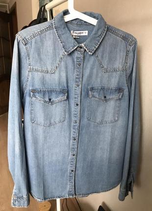 Джинсовая рубашка pull&bear