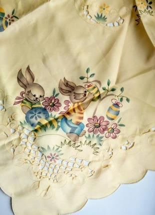 Пасхальная скатерть салфетка квадратная желтая