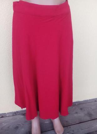 Красная юбка с запахом