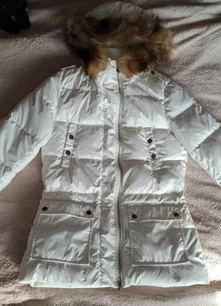Легкий приталенный белый пуховик ostin, деми и евро зима, куртка пуховая, 44-46 м