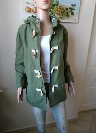 Стильная куртка,ветровка/дафлкот/в цвете хаки с капюшоном от y-two-l