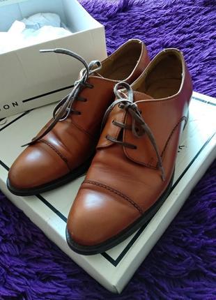 Шикарные испанские коричневые туфли , классические рыжие туфли на низком каблуке
