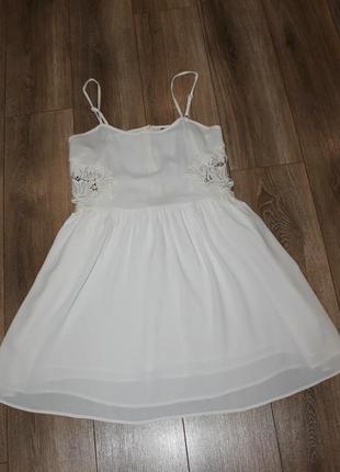 Невероятно красивое вискозное платье topshop с котоновым кружевом