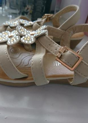 Новые детские сандалики, босоножки