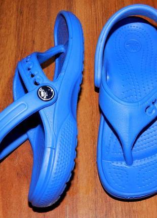 Crocs! оригинальные шлепки-вьетнамки для пляжа или басейна