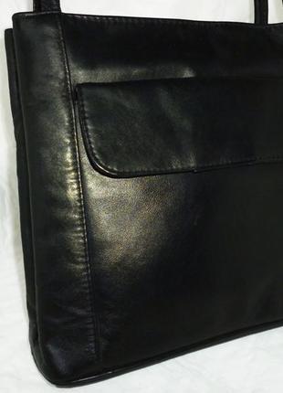 Стильная вместительная сумка натуральная кожа