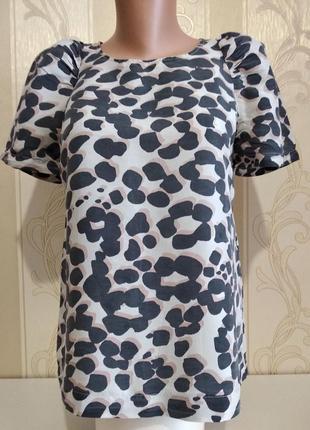 Фирменная блузочка с коротким рукавом, 100% шелк.