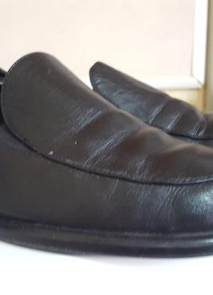 Мягусенькие  кожаные туфли 39р !