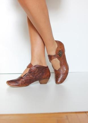 Кожаные туфли ботильоны, натуральная кожа полностью, бренд think!