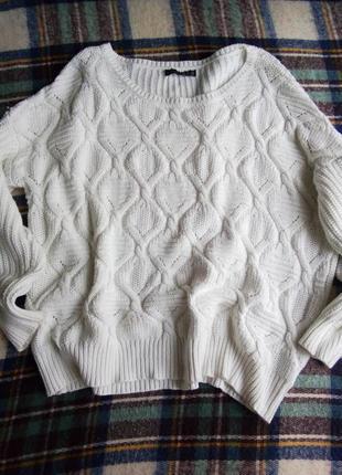 Нежный молочный свитерок 14рр.