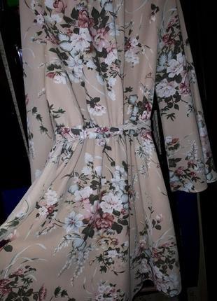 Платье шифоновое в цветочный принт