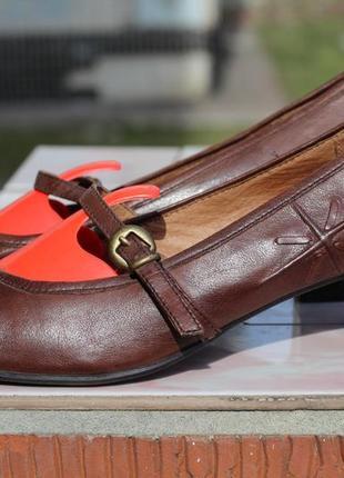 Роскошные кожаные туфли tamaris 37-38