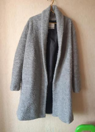 Пальто bershka s