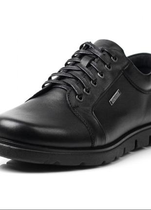 Мужские кожаные полуботинки, полу туфли, кроссовки bertoni