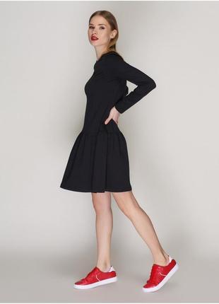 Платье с расклешенной юбкой  новое