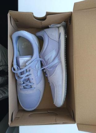 New balance кроссовки / сиреневого  цвета / 37,5 размер/ стелька 24 см