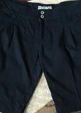Черные  стильные удлиненные шортики