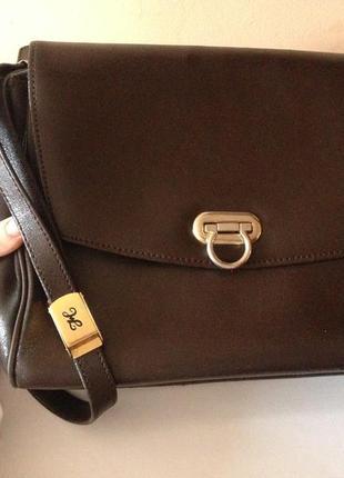 Коричнева сумочка італія