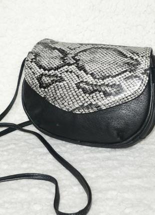 Вместительная маленькая кожаная сумка ручка через плечо кроссбоди