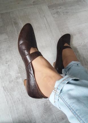Винтажные туфли качественная кожа всё натуральное