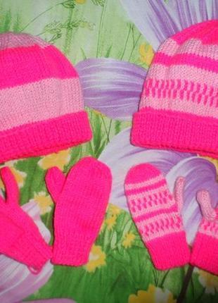 Вязаные весенние шапочки+варежки для блезняшек