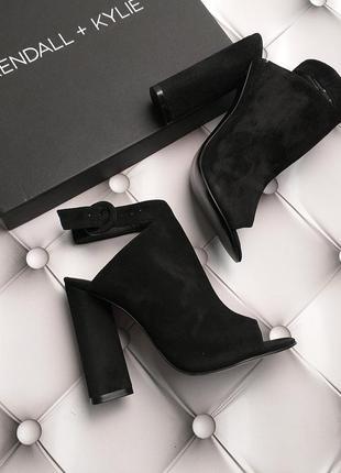 Kendall + kylie оригинал шикарные замшевые черные закрытые босоножки бренд из сша