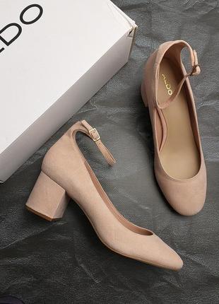 Aldo оригинал пудровые туфли замшевые  на широком каблуке бренд из сша
