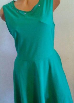 Обворожительное платье бренд springfield