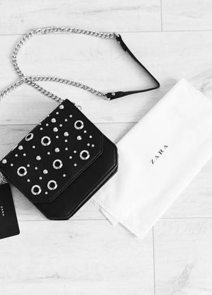 Новая сумка кросс боди zara чёрная с металлом