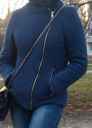 Пальто с капюшоном женское укороченное