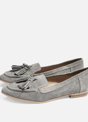 Туфли лоуферы «с кисточкой» от topshop, новые